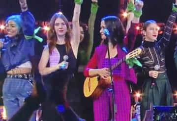 Artistas alzan la voz por las mujeres en los Spotify Awards