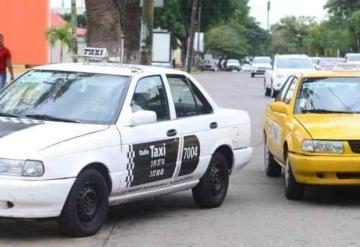 Taxistas adoptan medidas preventivas contra el COVID-19
