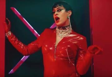 Bad Bunny se viste de mujer en su nuevo videoclip