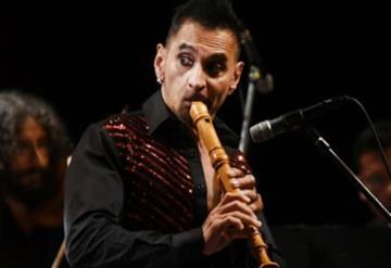 El flautista mexicano Horacio Franco da positivo a Covid-19