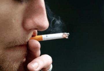 Consumo de drogas y cigarros aumenta riesgo de complicaciones por COVID-19