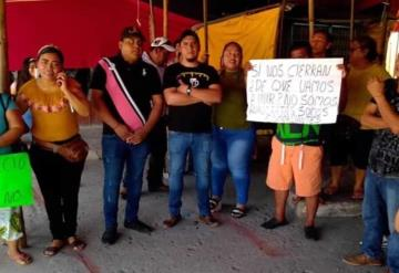 Se manifiestan comerciantes en Jonuta, piden apoyo a las autoridades por emergencia sanitaria