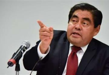 Barbosa acusa a alcalde por vínculos con el crimen organizado
