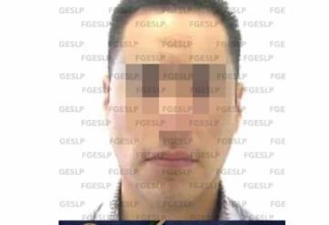 Médico es encarcelado por abusar de pacientes, piensa que tiene COVID-19 y se suicida