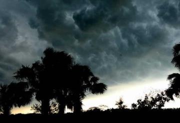 Pronostica SMN lluvias muy fuertes con descargas eléctricas y granizadas en Tabasco