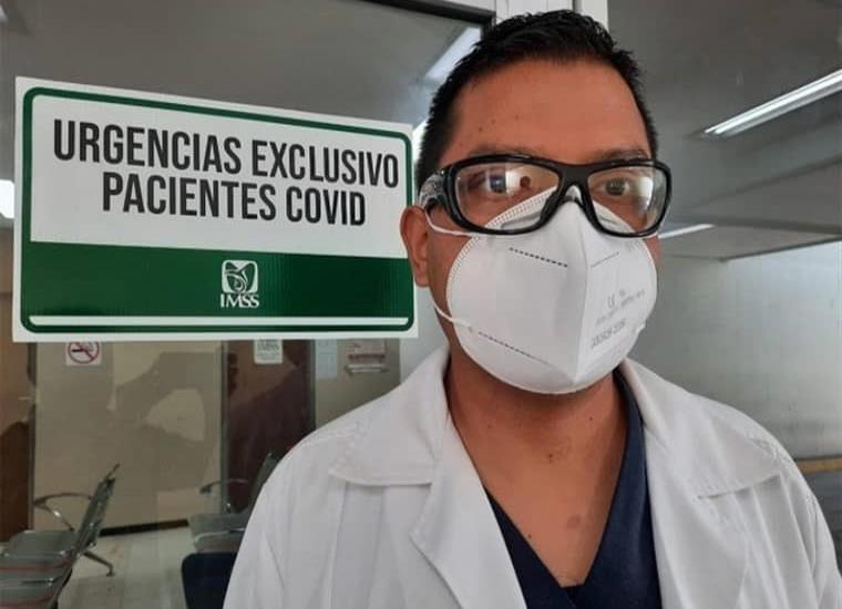 Médico vence al Covid-19 y regresa a hospital a salvar vidas
