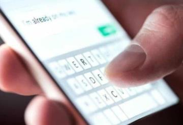 La forma de escribir en tu celular puede dañar tus dedos