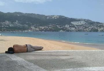 Reabren playas en Acapulco