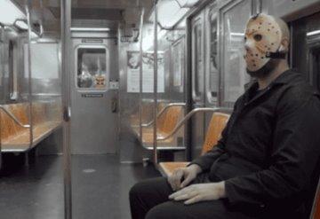 VIDEO: Jason de ´Viernes 13´ promueve el uso de mascarillas