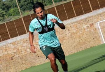 Diego Lainez inició su concentración con Real Betis