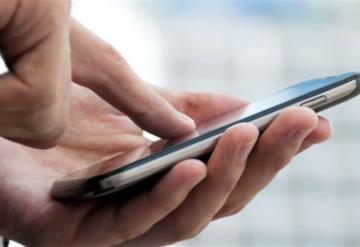 Diputados aseguran que espían sus teléfonos celulares