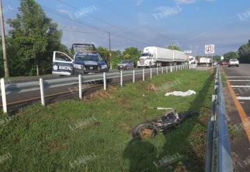 Motociclista pierde la vida sobre la carretera Villahermosa-Cárdenas