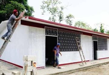 Entregan 3 aulas del telebachillerato en Potreritos