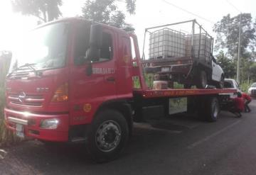 Hallan tres vehículos con huachicol en la ranchería González 3era. sección