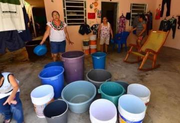 Ayuntamiento del centro reactiva cuadrilla de pipas para el suministro de agua en Gaviotas Norte