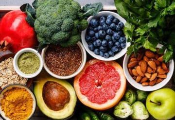Sube tus defensas en esta temporada consumiendo estos alimentos