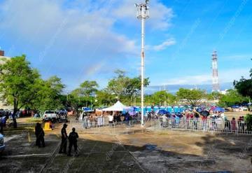 Bienestar continua con atención a damnificados de Nacajuca en el Centro de Convenciones