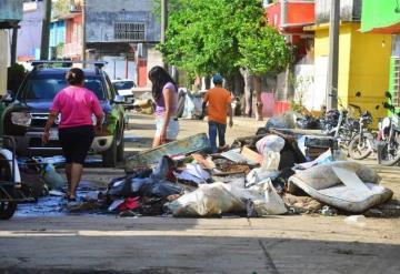 Inician limpieza de zonas afectadas por inundación