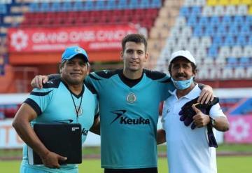 El portero tabasqueño Antonio Monterde salió a la banca con el Cancún FC