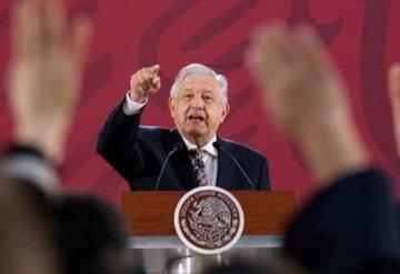 INE ordena a AMLO restringir comentarios sobre elecciones en las mañaneras