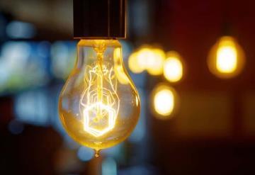 CFE restablece al 100% la electricidad