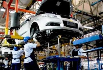Industria automotriz envía carta a AMLO para que garantice abasto de gas y electricidad