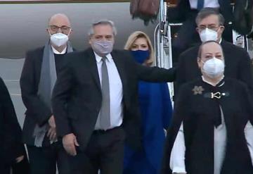 Presidente de Argentina, llega a México para afianzar acuerdo de producción de vacunas