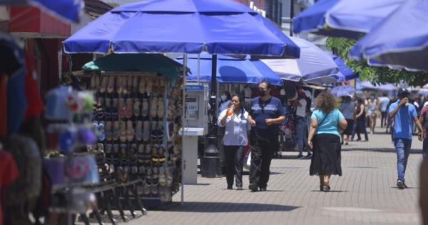 Comerciantes de Zona Luz, piden ampliación de horario para vender