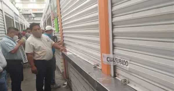 Locatarios del Pino Suárez se dicen acosados