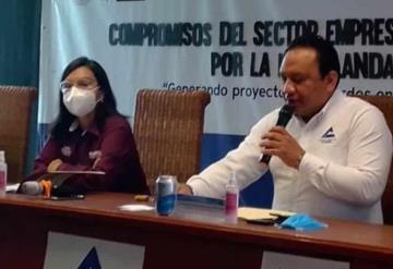 La candidata de Morena Yolanda Osuna Huerta quien busca ser la presidenta municipal del Centro sostuvo una reunión con la Canaco