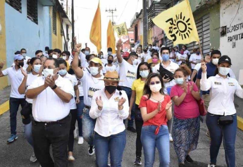 Garantizamos bienestar para las mujeres de Centro: Manuel Andrade