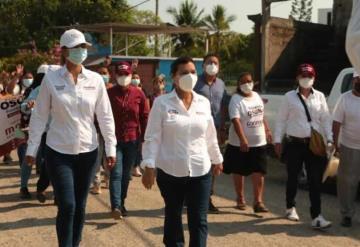 Yolanda Ozuna, candidata a la alcaldía de Centro, continúa campaña en la ranchería Anacleto Canabal