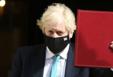 En Inglaterra ya se puede dar abrazos por disminución de contagios por Covid-19