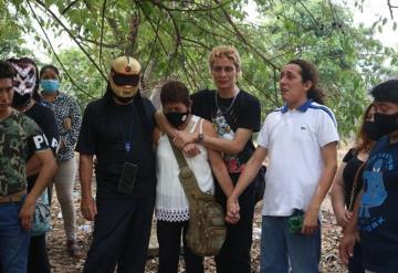 Fue extraña la muerte de Pasión Kristal: Familiares del luchador