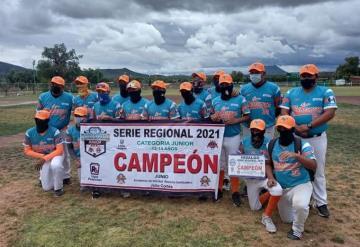 Tabasqueños campeones en regional de beisbol