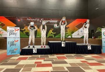 Esgrimista tabasqueño obtuvo dos bronces en Campeonato Nacional 2021