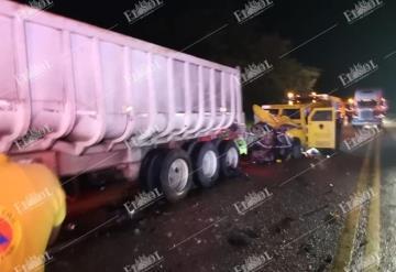 Carambola en la Villahermosa-Escarcega deja tres muertos y cinco heridos