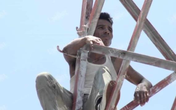 Sujeto sube por segunda ocasión a torre de alta tensión; presuntamente a cometido delitos de robo
