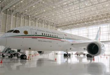 AMLO ofrece rentar avión presidencial para bodas, fiestas y viajes ejecutivos
