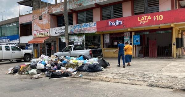 Reportan acumulación de basura en Fracc. Bosques de Saloya