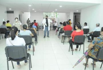 COVID-19: Inicia vacunación de personas de 30 a 39 años en Jalpa