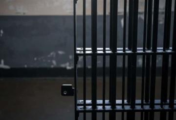 Mayores de 60 años que no hayan sido sentenciados por cometer delitos graves serán dejados en libertad