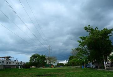 Clima: Regresan lluvias fuertes a territorio tabasqueño por Onda Tropical N°16