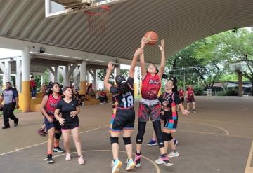 Mundo Panteras campeón en Micro en el II Torneo Relámpago de la LIBOM de basquetbol