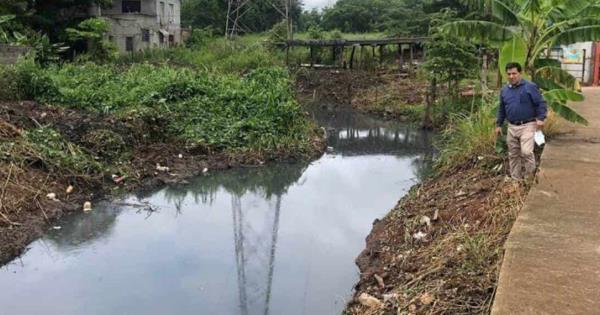 Realizan trabajos de limpieza en dren de Villa Playas del Rosario; eran afectados por las fuertes lluvias