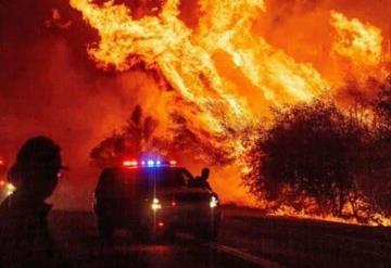 Bomberos logran combatir la mayor parte de un nuevo incendio forestal en California